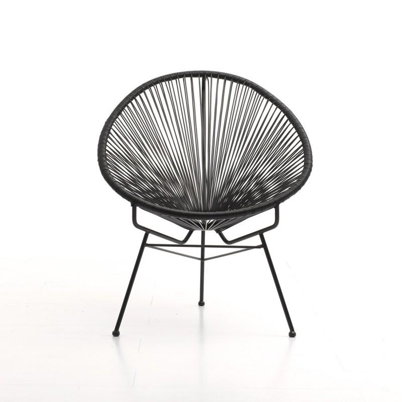 chaise en plastique noir